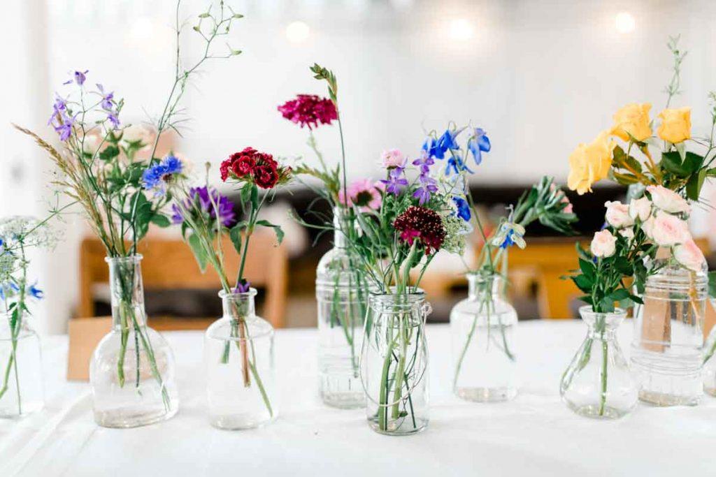 Bunte Blumen Hochzeit