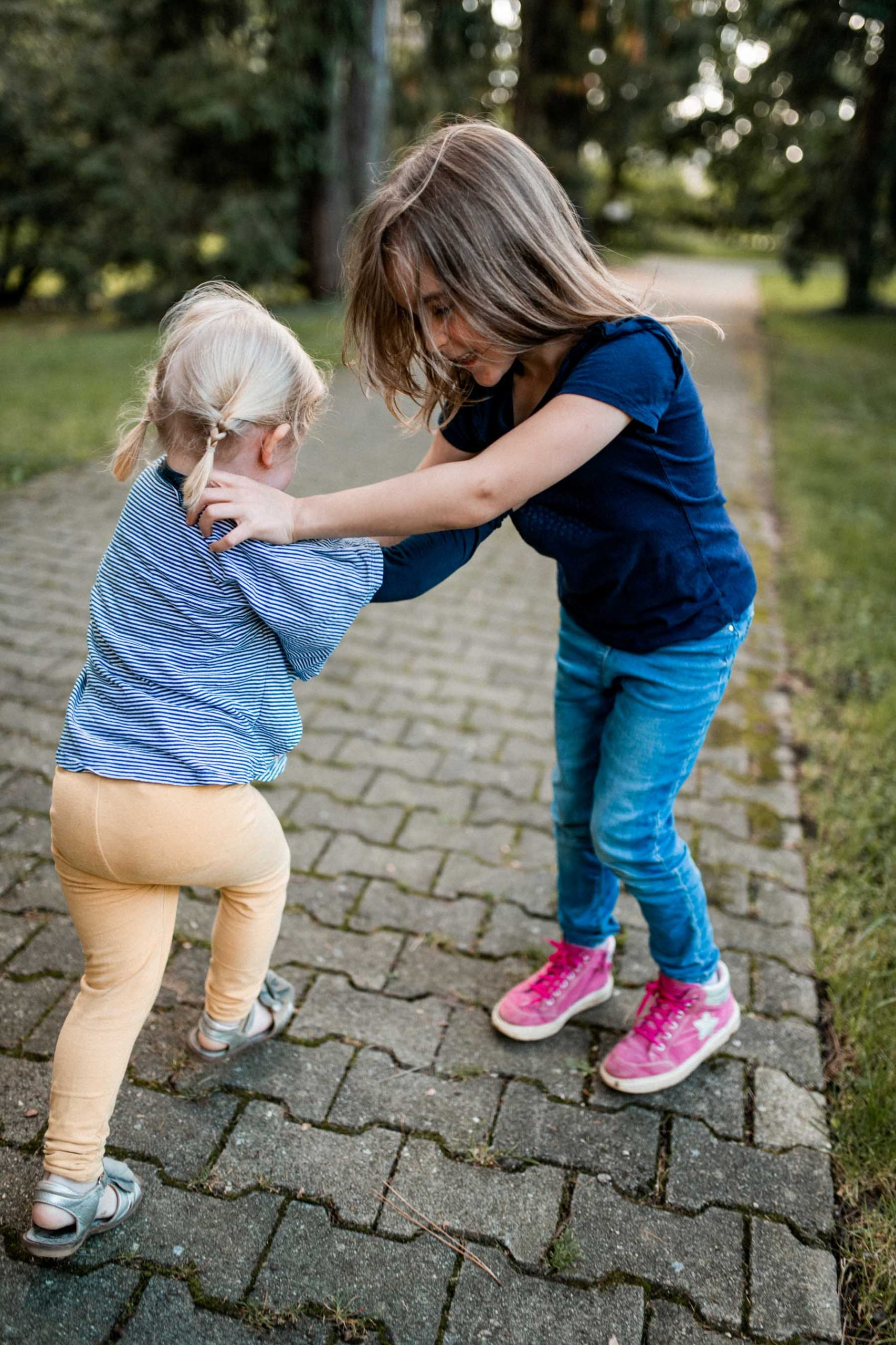 Familienshooting im Park in Stuttgart Hohenheim